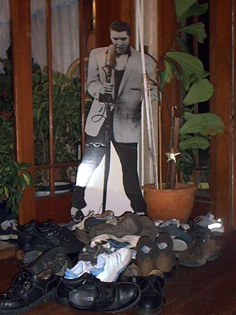 Elvis 2001 Shoe Sacrifice at the Feet of Elvis